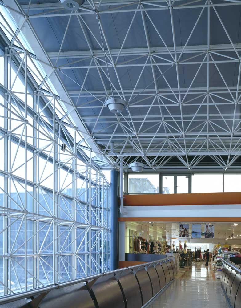 Centro comercial hipercor pozuelo lanik for Centro comercial sol madrid