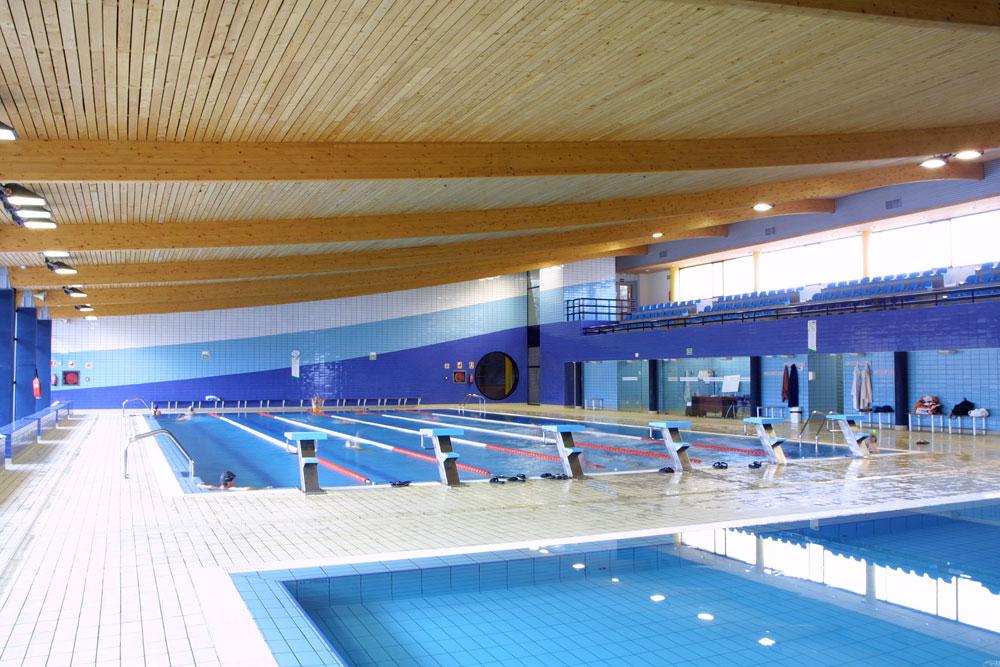 piscina campos g ticos palencia lanik